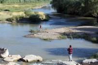 OLTA - Amatör Balıkçıların Kızılırmak'ta Tehlikeli Balık Avı