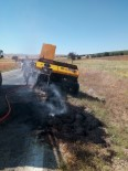Arazi Yangınında Tarım Makinası Zarar Gördü