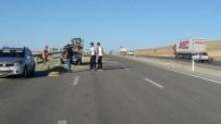 MEHMET İLHAN - Aşkale'de İki Trafik Kazası, 1 Yaralı