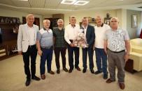 TÜRK DÜNYASI - Başkan Karaosmanoğlu, Orhan Mahallesi Heyetini Ağırladı
