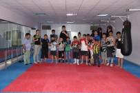KıLıÇLAR - Çocuklar Boks'la Sporu Seviyor