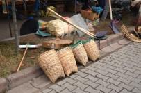 AHMET ŞAHIN - Fındık Sepetleri Pazara İndi