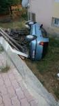 YUNUS NADI - İki Otomobil Çarpıştı, 5 Yaralı