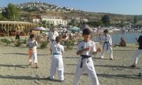 KARATE - Karateciler Denizde Antrenman Yaptı