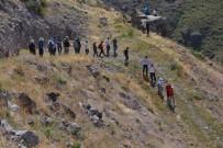 ÖMER DERECİ - Şenkaya'da Trekking Yapıldı