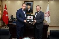 Trabzon Valisi Yücel Yavuz, Vali Ali Hamza Pehlivan'ı Ziyaret Etti
