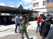 Trafikten Men Edilen Otobüsten 102 Kaçak Göçmen Çıktı