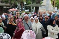 HACI KAFİLESİ - Ünye'den İlk Hac Kafilesi Yola Çıktı