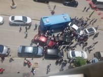 HALK OTOBÜSÜ - Van'da Zincirleme Kaza Açıklaması 1 Yaralı