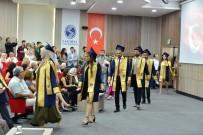 HUKUK FAKÜLTESI - Hukuk Fakültesi Öğrencilerini Uğurladı