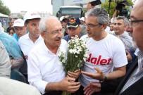 UĞUR YILDIRIM - Kılıçdaroğlu'na İzmir'in Dağlarından Papatya Götürdüler