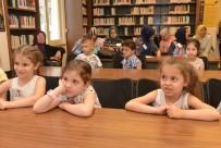 KONAKLı - Nilüferli Minikler Ebeveynleriyle Kütüphanede