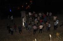 AHMET CAN - Otomobil Uçuruma Yuvarlandı Açıklaması 3 Yaralı
