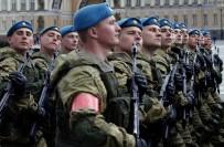 FÜZE SİSTEMİ - Rusya, Ukrayna Sınırına 60 Bin Asker Gönderdi