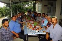 FUTBOL SAHASI - Başkan İncirli Sakinleriyle Kahvaltıda Biraraya Geldi