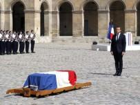 KÜRTAJ - Fransa 'Büyük Hanımefendisi'ni uğurladı
