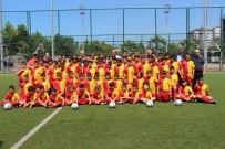 YAZ KURAN KURSU - Gülüç Belediyesi Yaz Futbol Okulunu Açtı