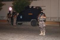 ÖZEL HAREKET - Hasım İki Grup Petrol İstasyonunda Karşılaşınca Silahlar Konuştu