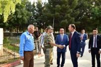 SINIR GÜVENLİĞİ - İlk Ziyaretini Referandum Birincisi Harran Ve Akçakale'ye Yaptı