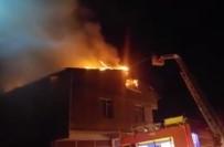 GECEKONDU - İstanbul'da Korkutan Yangın