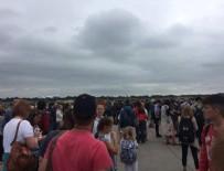 ŞÜPHELİ ÇANTA - Manchester Havaalanı'nda bomba paniği!