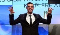 CRİSTİANO RONALDO - Pepe Açıklaması 'Beşiktaş'a Kupalar Kazanmaya Geldim'