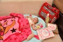 BÜYÜKŞEHİR YASASI - Selçuklu'nun En Yeni Üyelerine 'Çok Yaşa Bebek' Hediyesi