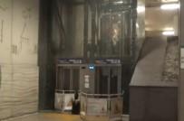 TAKSIM - Taksim Metrosunda Asansörde Mahsur Kaldılar