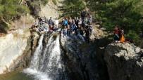 BİZ DE VARIZ - Tatilcilerin Yeni Adresi Sarıcakaya