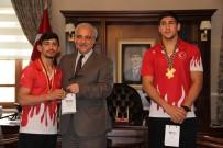 MUSTAFA HAKAN GÜVENÇER - Avrupa Şampiyonluklarını 15 Temmuz Şehitlerine Armağan Ettiler