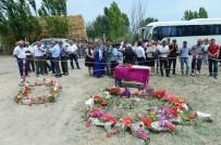 HAVAN MERMİSİ - Azerbaycan'da Saldırının Ardından Hüzün Ve Öfke Hakim
