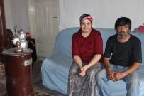 HAYIRSEVERLER - Kağıt Toplayan Aile Evsiz Kalacak