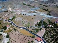 AHMET ÇAKıR - Karadere Ve Sarıkız Mahalleleri Asfaltlandı