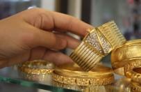 KUYUMCULAR ODASI - Altın Fiyatlarının Düşmesi Düğüncülere Yaradı