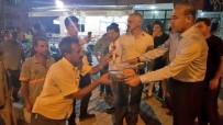 HÜSEYIN SÖZLÜ - Asfalt İşçilerinin Gece Mesaisinde Dondurma İkramı