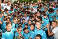 TÜRK GENÇLİĞİ - Büyükşehir Yaz Futbol Okulları Açıldı