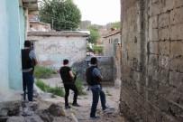 ŞAFAK OPERASYONU - Diyarbakır'da Hava Destekli Şafak Operasyonu Açıklaması Gözaltılar Var