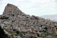 YABANCI TURİST - Kapadokya'da Turist Sayısı Arttı