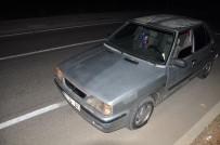 ÇEÇENISTAN - Kapağı Açık Kalan Rögara Düşen Otomobillerin Lastikleri Patladı