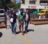 DAVUTLAR - Kuşadası'nda Gençlik Festivaline Uyuşturucu Baskını