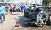 GÖRGÜ TANIĞI - Otomobiller Kafa Kafaya Çarpıştı Açıklaması 2'Si Çocuk 10 Yaralı