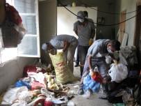ÇÖP EV - Tarsus'ta Çöp Yığınına Dönen Ev Boşaltıldı