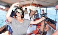 OLTA - Tatilcilerin Yeni Gözdesi Mavi Yengeç Avlama Turları