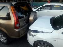 Trafik Kazasına Giden Gazeteciler Kaza Geçirdi
