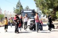 AZEZ - Bayram İçin Ülkelerine Giden 68 Bin Suriyeli'den 40 Bini Türkiye'ye Döndü
