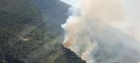 ORMAN İŞÇİSİ - Denizli'nin Çameli Ve Kale İlçelerinde Orman Yangını