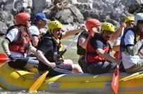 İLYAS ÇAPOĞLU - Erzincan Valisi Ali Arslantaş Rafting Yaptı