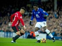MANCHESTER - Manchester United, Lukaku'yu Açıkladı
