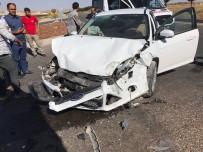 Midyat'ta Trafik Kazası Açıklaması 8 Yaralı