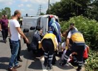 KADIN ASTSUBAY - Minibüs Yan Yattı Açıklaması 4 Yaralı